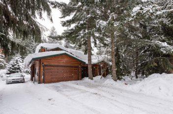 Whistler Ski Chalet - Reactive Design 2